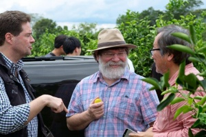 Mr. Bob Howse with his son Joe and owner Carsten Pfau at the La Colmena plantation in Paraguay