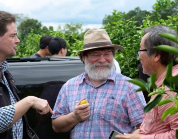 Mr. Bob Howse and owner Carsten Pfau at the La Colmena plantation in Paraguay